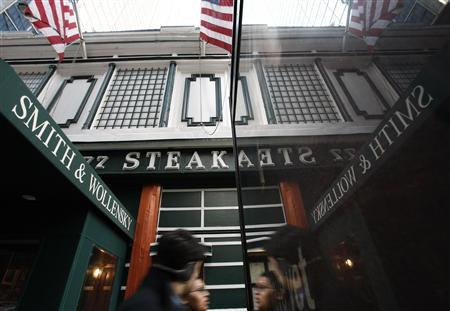 Steakhouse chain Smith & Wollensky is seen here in New York, February 3, 2010. REUTERS/Brendan McDermid