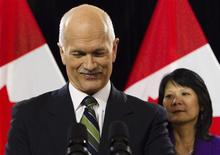 <p>NDP leader Jack Layton announces that he has been diagnosed with prostate cancer, while flanked by his wife Olivia Chow in Toronto February 5, 2010. REUTERS/Mark Blinch</p>