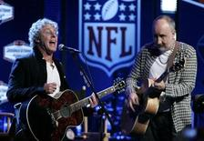 <p>Members of the rock group 'The Who', Roger Daltrey (L) and Pete Townshend perform at a media conference in advance of their appearance in the half-time show in the NFL's Super Bowl XLIV football game in Fort Lauderdale, Florida February 4, 2010. REUTERS/Joe Skipper</p>