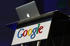 <p>Il logo di Google durante una presentazione in California. REUTERS/Robert Galbraith</p>
