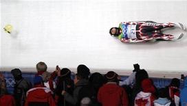 <p>Японская саночница Ая Ясуда потеряла визор во время первого заезда на Олимпиаде в Ванкувере 15 февраля 2010 года. Японская саночница Ая Ясуда была дисквалифицирована на Олимпийских играх в Ванкувере из-за перевеса, однако самой спортсменке не нужно садиться на диету. REUTERS/Tony Gentile</p>