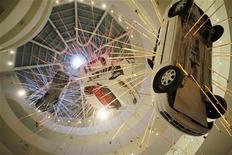<p>Esibizione al Guggenheim in foto d'archivio. REUTERS/Keith Bedford</p>