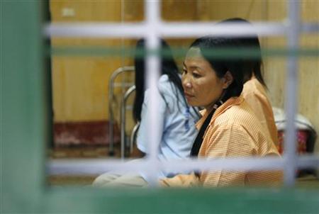 HIV-positive women are seen in a social center in Ba Vi district, outside Hanoi, November 30, 2009. REUTERS/Kham