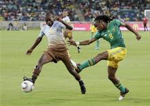 <p>Lance da partida amistosa entre África do Sul e Namíbia, que terminou sem gols em Durban. REUTERS/Rogan Ward</p>