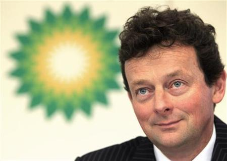 BP Chief Executive Tony Hayward listens during a news conference in London February 2, 2010. REUTERS/Suzanne Plunkett