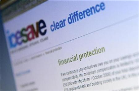A page from icesave online bank is seen on a computer screen, in London October 7, 2008. REUTERS/Dylan Martinez