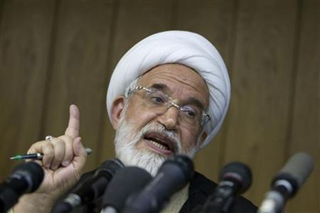 Former Iranian presidential candidate Mehdi Karoubi speaks during a news conference in Tehran June 9, 2009. REUTERS/Raheb Homavandi