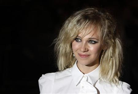 Juno Temple arrives for the UK premiere of Cracks in Leicester Square in London October 25, 2009. REUTERS/Luke MacGregor