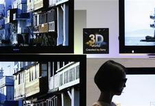 <p>En concurrence avec Samsung Electronics et Sony sur le segment des téléviseurs 3D, LG Electronics a bon espoir de prendre 25% de ce marché en écoulant près d'un million de téléviseurs adaptés à cette technologie. /Photo prise le 9 mars 2010/REUTERS/Yuriko Nakao</p>