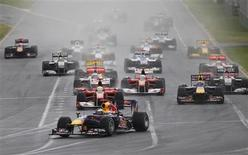 <p>O piloto da Red Bull, Sebastian Vettel, largou na frente no Grande Prêmio da Austrália. 28/03/2010 REUTERS/Mick Tsikas</p>