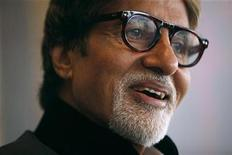 <p>Indian actor Amitabh Bachchan reacts during the Asian Film Awards news conference in Hong Kong March 23, 2010. REUTERS/Tyrone Siu</p>
