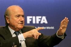 """<p>Президент ФИФА Зепп Блаттер на пресс-конференции в Цюрихе 23 апреля 2010 года. Заявка России на проведение финальной части чемпионата мира 2018 года - """"замечательна"""", сказал президент ФИФА Зепп Блаттер во вторник. REUTERS/Arnd Wiegmann</p>"""