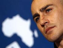 <p>Fabio Cannavaro in foto d'archivio. REUTERS/Alessandro Bianchi</p>
