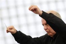 <p>Daniel Barenboim in foto d'archivio. REUTERS/Johannes Eisele</p>