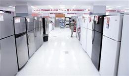 <p>Un negozio di elettrodomestici. REUTERS/Lucas Jackson (UNITED STATES - Tags: BUSINESS)</p>