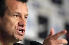 <p>Dunga, técnico da seleção, não surpreendeu ao anunciar escalação de jogadores que irão à Copa do Mundo da África do Sul, em junho. REUTERS/Sergio Moraes</p>