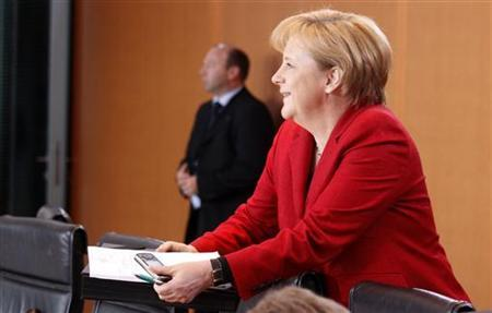 German Chancellor Angela Merkel arrives for the weekly cabinet meeting in Berlin, May 11, 2010. REUTERS/Tobias Schwarz