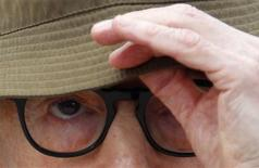 "<p>Director Woody Allen poses at a photocall for the film ""You will meet a tall dark stranger"" during the 63rd Cannes Film Festival May 15, 2010. REUTERS/Christian Hartmann</p>"