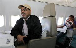 <p>Ethiopia's Prime Minister Meles Zenawi talks during an interview with Reuters inside his plane after casting his ballot in the northern Ethiopian town of Adwa, his constituency and birthplace, 985 km (612 miles) from the capital Addis Ababa, May 23, 2010. REUTERS/Thomas Mukoya</p>