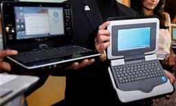 <p>Les ventes mondiales d'ordinateurs portables ont bondi de 43% au 1er trimestre 2010 par rapport à la même période 2009, grâce à l'engouement des consommateurs pour les netbooks, rapporte mardi le cabinet d'études Gartner. /Photo d'archives/REUTERS</p>
