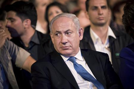 Israel's Prime Minister Benjamin Netanyahu attends a ceremony at the Israeli army's Armoured Corps Memorial and Museum in Latrun, near Jerusalem May 25, 2010, honouring World War Two veterans and marking the 65th anniversary of the victory of the Allies over Nazi Germany. REUTERS/Jonathan Nackstrand/Pool