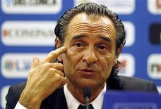<p>O novo técnico italiano Cesare Prandelli quer Buffon como capitão. REUTERS/Giampiero Sposito (ITALY - Tags: SPORT SOCCER)</p>