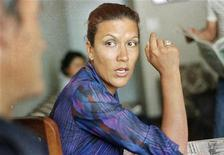 <p>Перуанская журналистка Викки Пелаэс в своем доме в Лиме 9 декабря 1984 года. Американский суд в четверг выпустил под залог подозреваемую в шпионаже в пользу России Викки Пелаэс и поместил ее под домашний арест, в то время как девять других фигурантов скандала по-прежнему остаются под стражей. REUTERS/Diario La Republica</p>