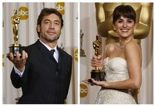 <p>Os atores espanhóis Javier Bardem e Penélope Cruz e uniram ao grupo de casais vencedores de Oscar depois de uma cerimônia matrimonial nas Bahamas no início do mês, informaram diversas revistas de celebridades na terça-feira, 14 de julho de 2010. REUTERS/Mike Blake/Arquivo</p>