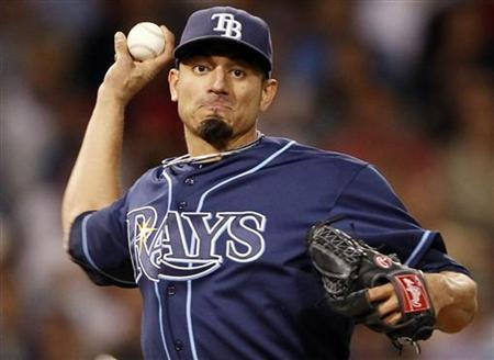 Tampa Bay Rays starting pitcher Matt Garza throws to first base against the Boston Red Sox during the sixth inning of their American League MLB baseball game at Fenway Park in Boston, Massachusetts June 30, 2010. REUTERS/Adam Hunger