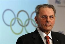 """<p>""""Eles tinham a melhor proposta"""", disse o presidente do Comitê Olímpico Internacional, Jacques Rogge, sobre os Jogos do Rio de Janeiro. 28/07/2010 REUTERS/Suzanne Plunkett</p>"""