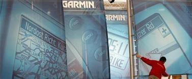 <p>Garmin rappelle près de 1,25 million d'instruments de navigation par GPS de la gamme Nuvi susceptibles de prendre feu en raison de la surchauffe des batteries. /Photo d'archives/REUTERS/Christian Charisius</p>
