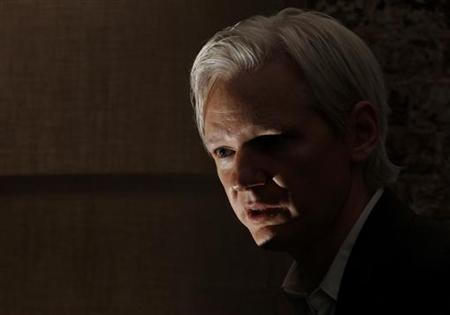 Wikileaks founder Julian Assange speaks at a news conference at the Frontline Club in central London, July 26, 2010. REUTERS/Andrew Winning