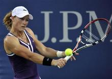 <p>Samantha Stosur of Australia returns a backhand to compatriot Anastasia Rodionova during the U.S. Open tennis tournament in New York, September 1, 2010. REUTERS/Ray Stubblebine</p>