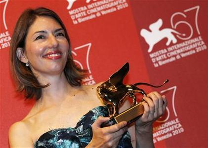 Sophia Coppola, director of ''Somewhere'' receives the Golden Lion for Best Film during the closing ceremony of the 67th Venice Film Festival September 11, 2010. REUTERS/Alessandro Bianchi