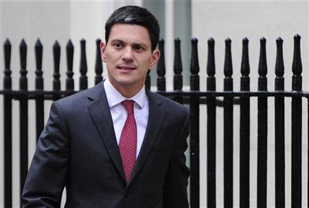 Foreign Secretary David Miliband arrives at 10 Downing Street in London May 10, 2010. REUTERS/Toby Melville