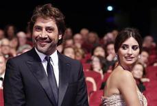 <p>Javier Bardem e Penelope Cruz no Festival de Cannes em maio. A atriz está grávida, segundo a agência Kuranda. 23/05/2010 REUTERS/Yves Herman/Arquivo</p>