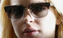 <p>Atriz Lindsay Lohan foi convocada nesta a comparecer a um tribunal depois de admitir que foi reprovada em um teste de drogas. REUTERS/Danny Moloshok</p>