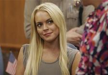 <p>Foto de archivo de la actriz Lindsay Lohan durante uno de sus juicios en la corte municipal de Beverly Hills,, jul 20 2010. Lohan ingresó voluntariamente en rehabilitación por quinta vez en tres años, informaron el martes los sitios de internet sobre celebridades. REUTERS/Al Seib/Pool</p>