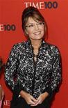 """<p>Imagen de archivo de la política conservadora Sarah Palin, en un evento de gala en Nueva York. May 4 2010 Ella no bailó, pero a los telespectadores de """"Dancing with the Stars"""" quizás pensaron que la política conservadora Sarah Palin fue abucheada en el concurso el lunes, lo que hizo que los productores salieran rápidamente a aclarar lo ocurrido. REUTERS/Lucas Jackson/ARCHIVO</p>"""
