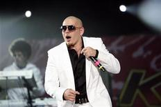 <p>Cuban-American rapper Pitbull performs at the 2008 Wango Tango concert in Irvine, California May 10, 2008. REUTERS/Mario Anzuoni</p>