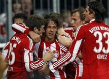 <p>Martin Demichelis, do Bayern de Munique, comemora gol cotra o Friburgo em Munique, 29 de outubro de 2010. REUTERS/Michael Dalder</p>
