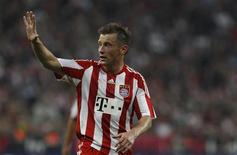 <p>Ivica Olic do Bayern de Munique Munich's Ivica durante jogo contra o Werder Bremen em setembro. Olic terá de passar por uma cirurgia no joelho e ficará afastado dos gramados por seis meses, informou o clube nesta alemão segunda-feira. 11/09/2010</p>