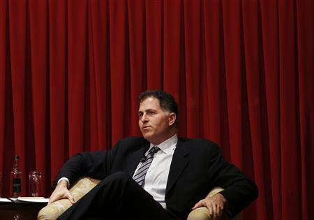 Michael Dell, Chairman and Chief Executive Officer of Dell Inc, attends a forum at the American Chamber of Commerce in Hong Kong November 2, 2010. Dell Inc, the world's No.2 PC maker, expects to launch a significant number of tablet PC models next year, its chief executive said on Tuesday, drawing the product's growing popularity since the launch of Apple Inc's iPad. REUTERS/Bobby Yip