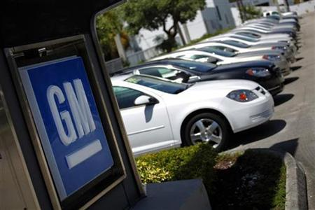 Chevrolet cars are seen at a GM dealership in Miami, August 12, 2010. REUTERS/Carlos Barria