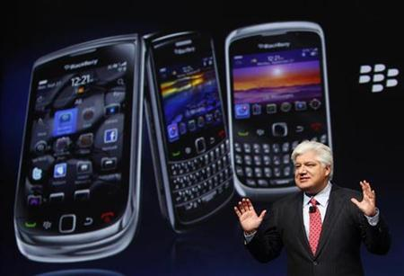 Mike Lazaridis, president and co-chief executive officer of Research in Motion, speaks at the RIM Blackberry developers conference in San Francisco, California September 27, 2010. REUTERS/Robert Galbraith