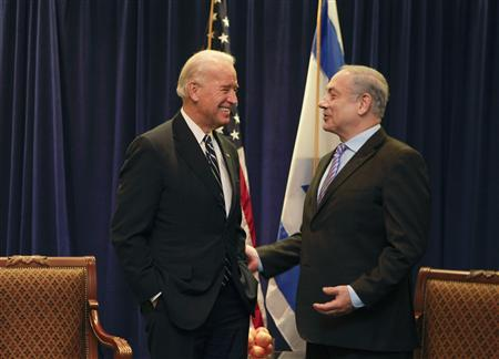 Vice President Joe Biden (L) speaks with Israel's Prime Minister Benjamin Netanyahu during a meeting on Middle East security in New Orleans, Louisiana November 7, 2010. REUTERS/Lee Celano
