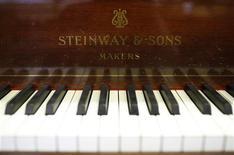 <p>Пианино на фабрике Steinway & Sons в Гамбурге 4 марта 2009 года. Ниже представлены некоторые культурные события, которые произойдут в Москве сегодня, 8 ноября. REUTERS/Christian Charisius</p>