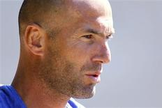 <p>Ex-jogador francês Zinedine Zidane foi contratado como assessor especial para o time principal do Real Madrid. REUTERS/Charles Platiau</p>