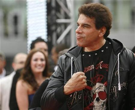 Actor Lou Ferrigno gestures at the premiere of ''This Is It'' in Los Angeles October 27, 2009. REUTERS/Mario Anzuoni