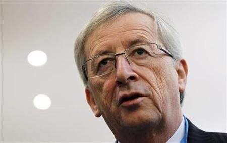 Luxembourg's Prime Minister and Eurogroup chairman Jean-Claude Juncker arrives to testify before the European Parliament's Committee on Economic and Monetary Affairs in Brussels November 8, 2010. REUTERS/Francois Lenoir